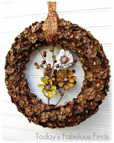 advent wreath pinecone