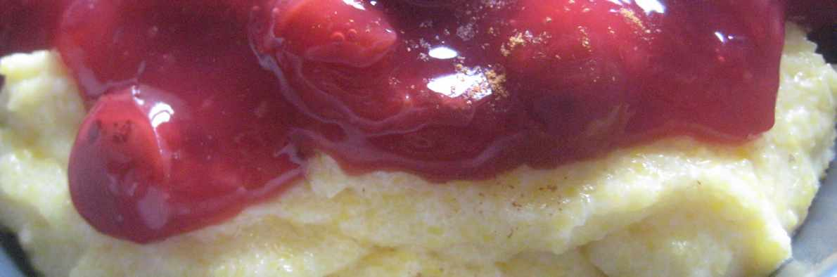 semolina with hot cherries