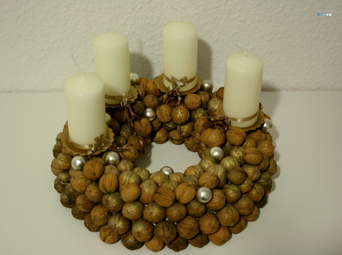 walnut wreath tutorial by craftaliciousme
