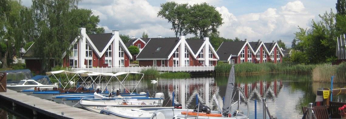 lake side cabins