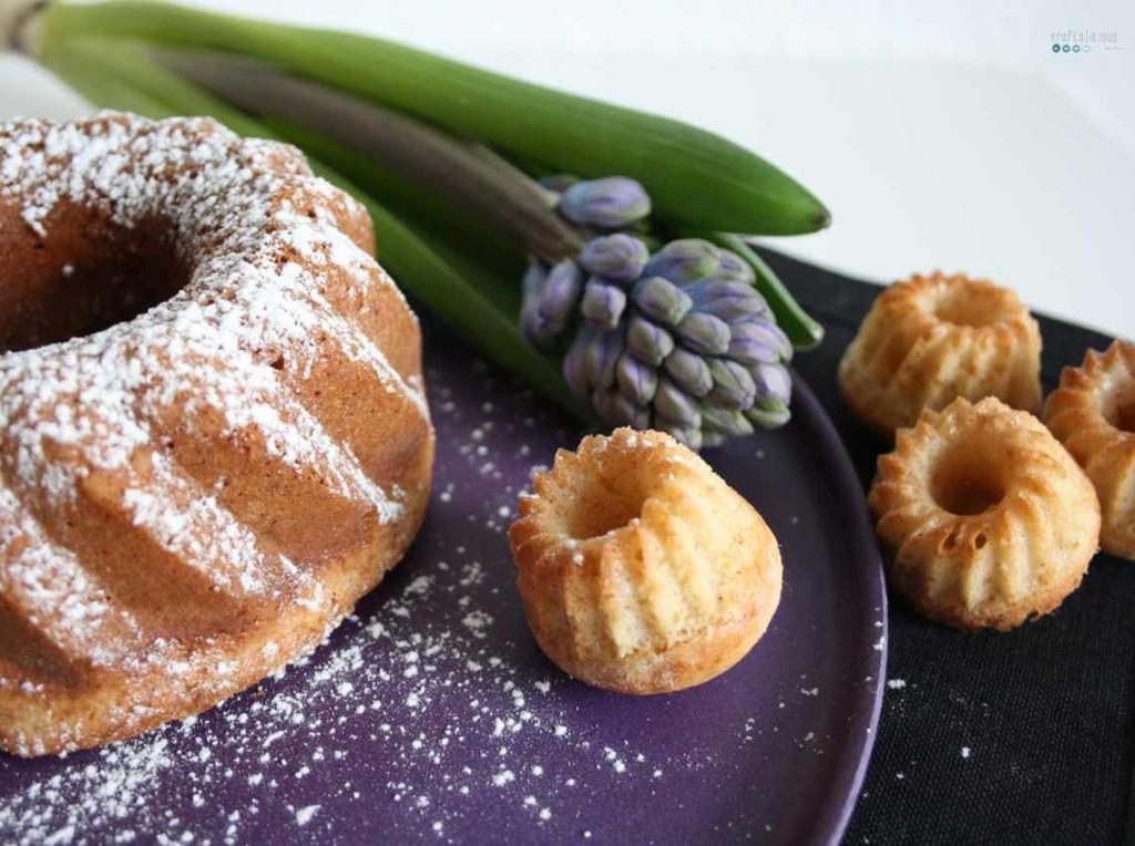 Kermakakku - Fisnish Sour Cream Cake