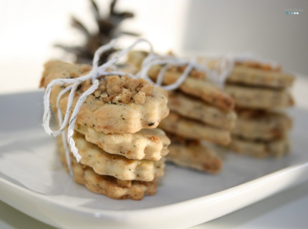 spicy chai cookies