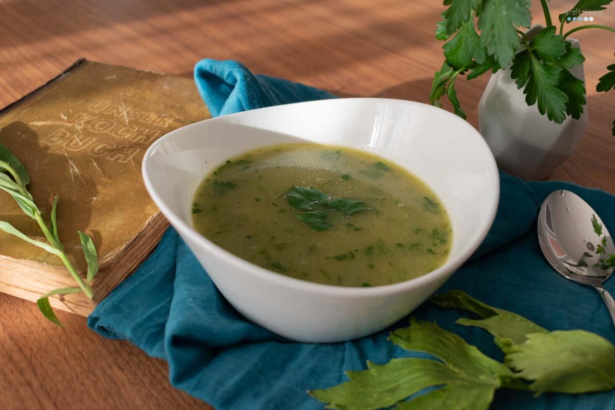 craftaliciousme – Grandma Herb Soup