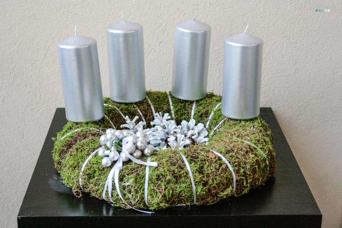 moss advent wreath